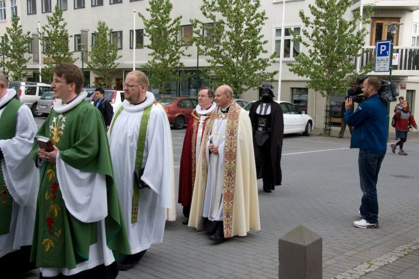 The pope\'s visit to Sydney